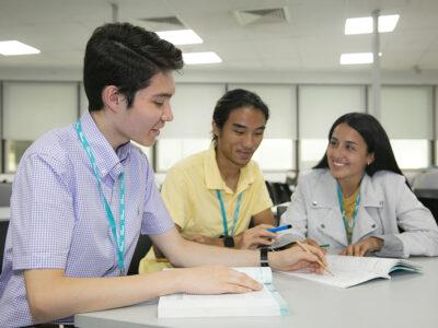 SRI Students Studying